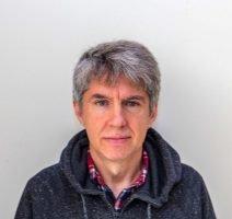 Profesor titular Sistemas Híbridos Nanoestructurados Facultad de Ciencias. Calle Federico García Lorca, 18 33007 Oviedo, Asturias Tel.  34 985 10 3225 c.quiros@cinn.es
