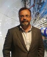 Profesor de investigación  Nanomedicina y Epigenética  Avenida de la Vega 4-6 33940 - El Entrego  Tel.   34 985 733 644 Ext. 202202 r.torrecillas@cinn.es
